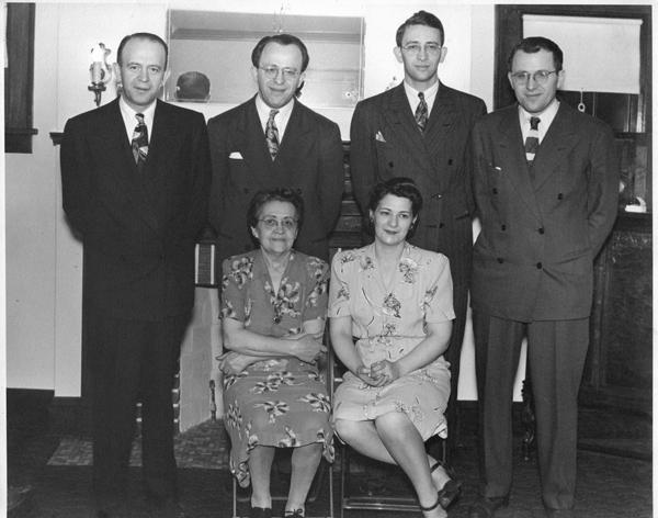 Basha and Her Kids - 1944_resized-72-gray