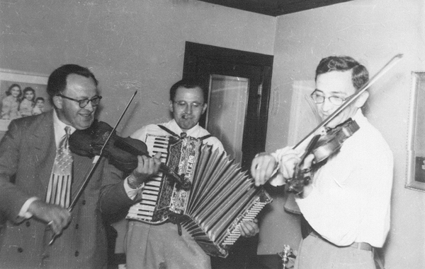 Ben, Morris and Lou Silverberg, 1950s_resized-72-gray
