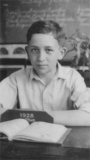 Dad_1928_small-72-gray